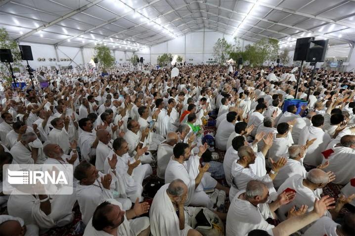 عرفه، فرصتی برای تحول درونی و انقلاب معنوی انسان