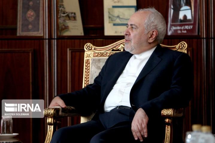 ظریف: درباره امور داخلی آمریکا اظهارنظر نمیکنیم