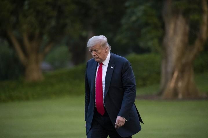 نشریه پولیتیکو: ترامپ میداند بازنده است