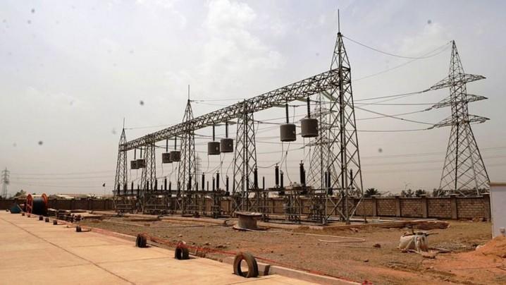 واشنگتن پست: آمریکا معافیت عراق در خرید برق از ایران را تمدید کرد