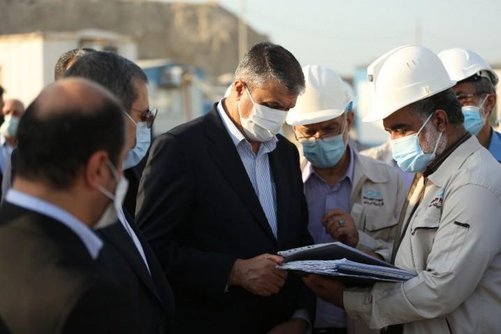معاون رئیس جمهوری از نیروگاه اتمی بوشهر دیدن کرد