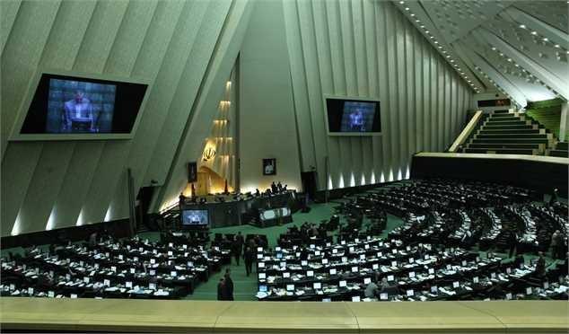 بررسی آخرین وضعیت وزارت نفت و تحریمها با حضور زنگنه