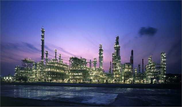 توسعه ظرفیت پالایشگاهی کشور تیر خلاص به تحریمهای نفتی