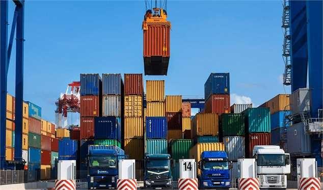 «صادرات» تنها شاخص اقتصادی رو به رشد در ایران