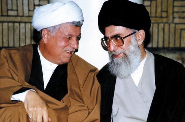 مراسم تشييع پيكر مرحوم آيت الله هاشمی رفسنجانی ، سه شنبه ۸:۳۰ صبح، دانشگاه تهران.