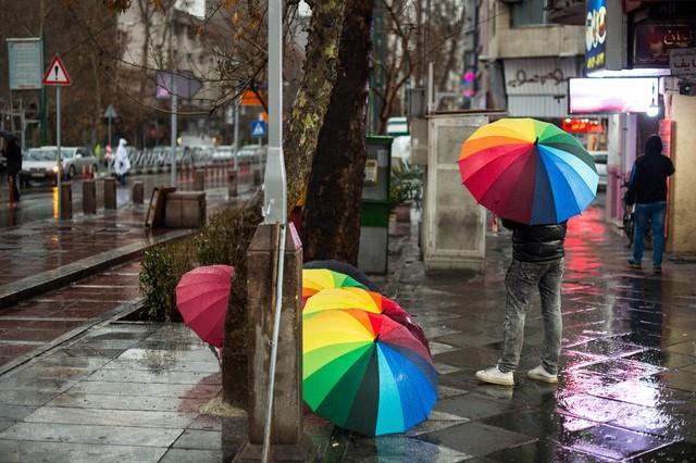 آسمان تهران بارانی اما در مرز ناسالم
