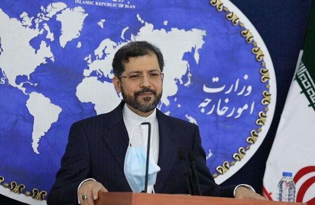 وزارت خارجه بر اساس تعریف نهادهای بالادستی حرکت میکند/همه منابع مالی ایران باید آزاد شوند