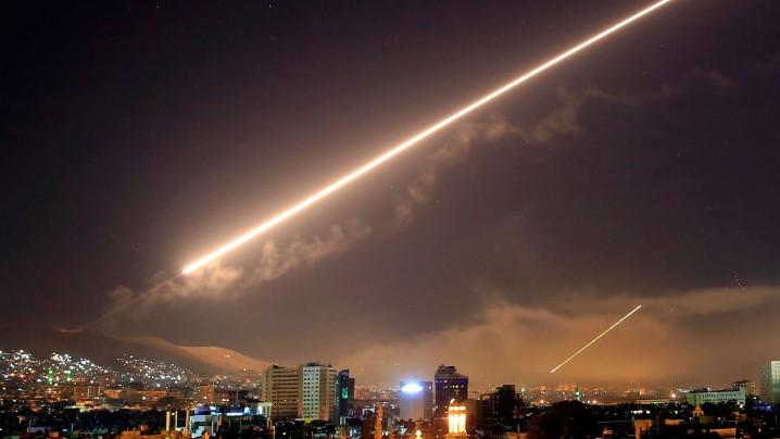 دو دهه جنگ های بی مجوز آمریکا