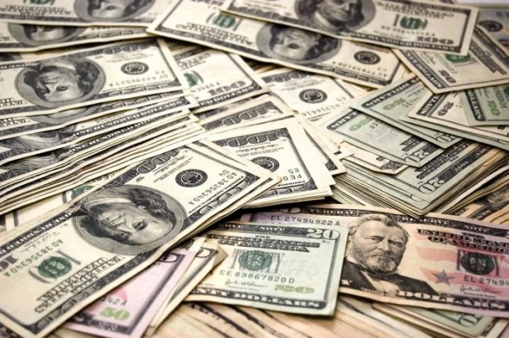 سیاست ارزی دولت جلوی بحران اقتصادی را گرفت