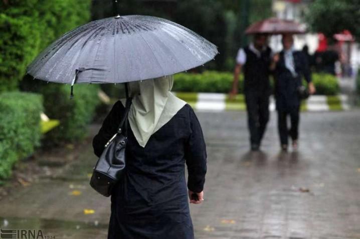 تداوم بارش ها در استان های جنوبی و احتمال سیلابی شدن مسیل ها