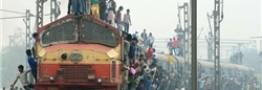 خروج قطار از ریل در هند، 26 کشته برجای گذاشت
