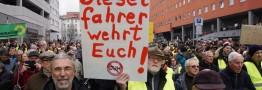 جلیقه زردهای آلمانی در اشتوتگارت تظاهرات کردند