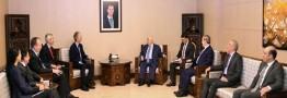 المعلم: مردم قانون اساسی و حاکمیت سوریه را تعیین می کنند
